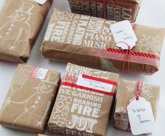 emballer vos cadeaux 12 id es astucieuses et conomiques d j dans votre maison. Black Bedroom Furniture Sets. Home Design Ideas
