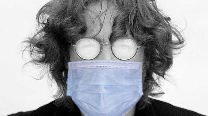 masque-covid-quatre-astuces-pour-eviter-la-buee-sur-vos-lunettes